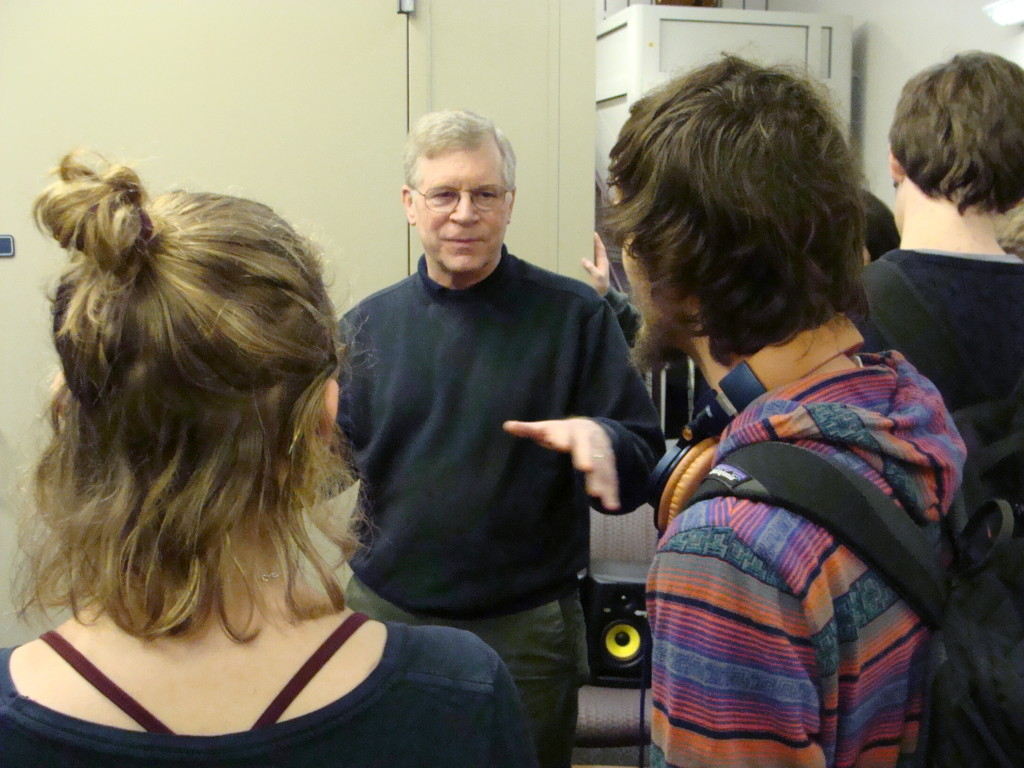 Chris Ellinger,  the Senior Electrical Engineer at the KHRI, explaining the chamber to AES students